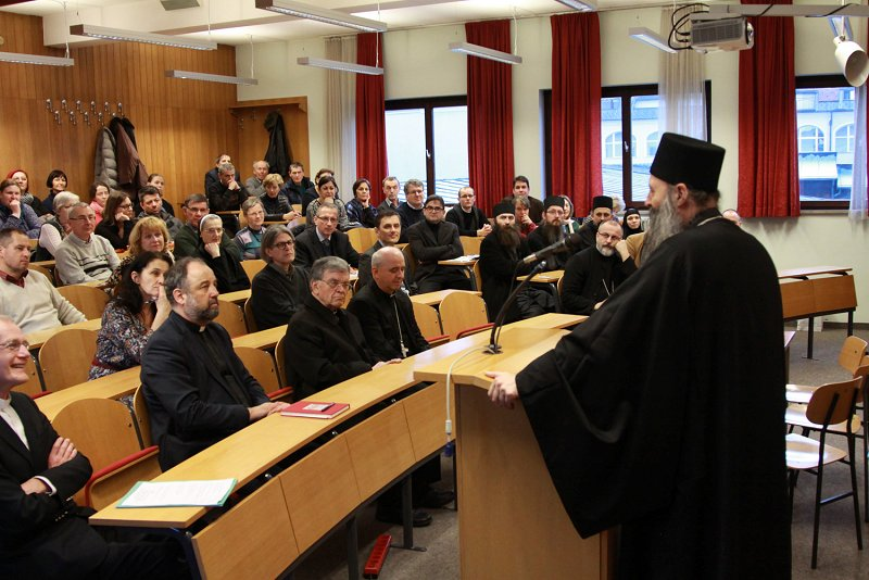 "Presentation of the book ""Fasting - the path to a new life"" by Prof. Vladimir Vukašinović from the Belgrade Orthodox Faculty, March 2017 Photo: Samo Skralovnik"